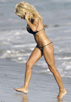 Pamela Anderson - 60